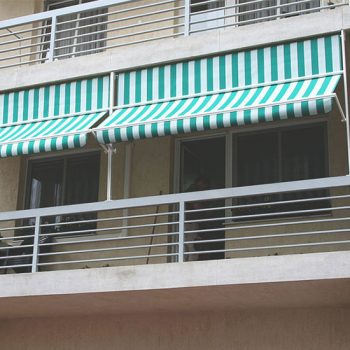 Ablak / balkon napellenző